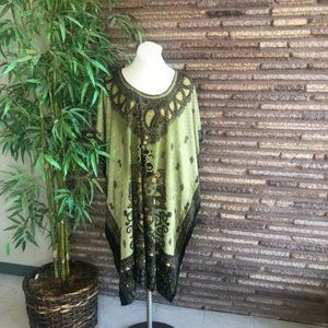 EY Signature Green Tribal Short Caftan Cover Up